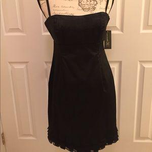 INC black dress size 8P. NWT
